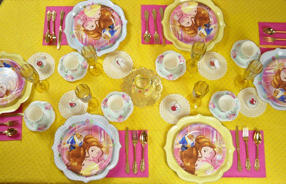 tavola allestimento a tema la bella e la bestia